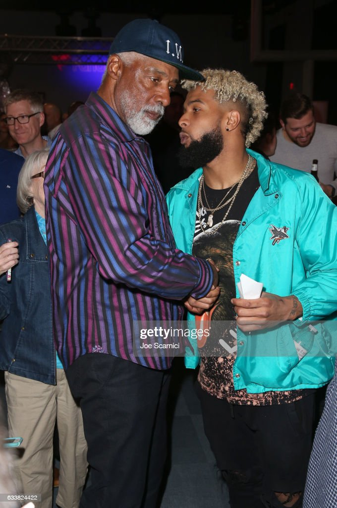 Former NBA player Julius 'Dr  J' Ervin and NFL player Odell
