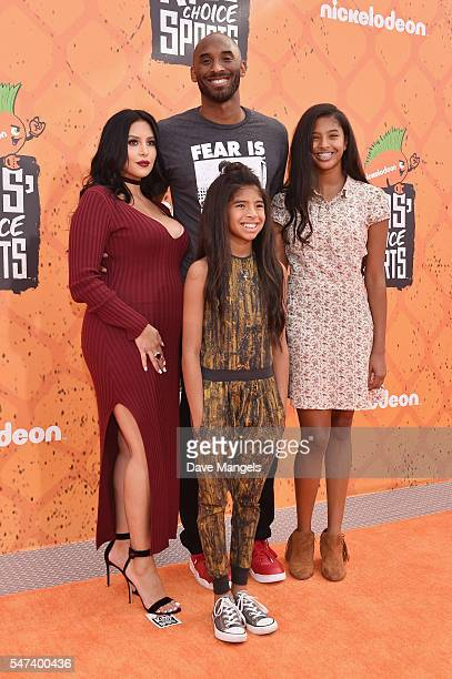 Former NBA player Kobe Bryant and Vanessa Laine Bryant, Gianna Maria-Onore Bryant, and Natalia Diamante Bryant attend the Nickelodeon Kids' Choice...