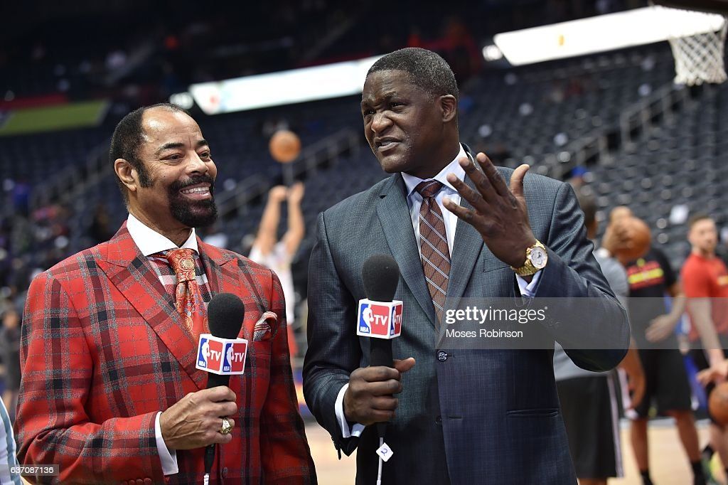 Former NBA Players Walt Frazier And Dominique Wilkins Attend The New York Knicks Vs Atlanta Hawks