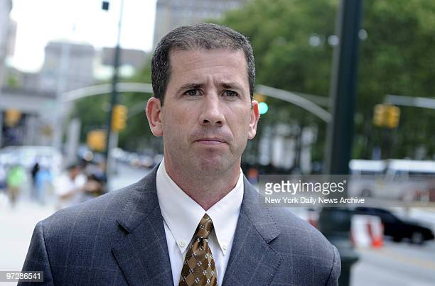 Former NBA referee Tim Donaghy walking to Federal Court in Brooklyn ??