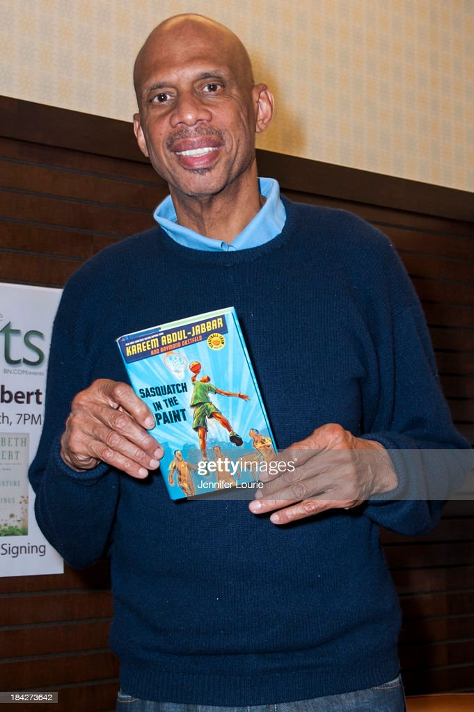 "Kareem Abdul Jabbar Book Signing For ""Sasquatch In The Paint"""