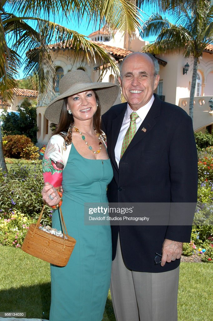 Easter Sunday At Mar-A-Lago : News Photo