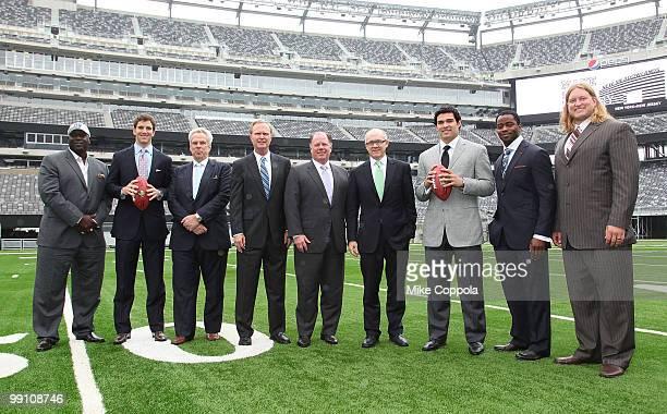 Former New York Giants runningback Otis Anderson New York Giants Quarterback Eli Manning New York Giants Chairman Executive Vice President Steve...