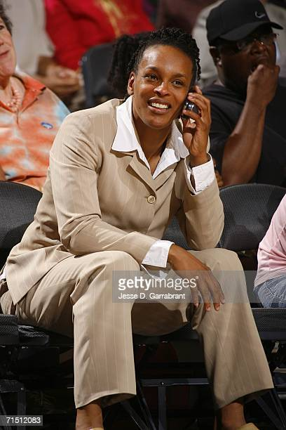 Former New York Liberty player Teresa Weatherspoon attends the Connecticut Sun against New York Liberty game at Madison Square Garden on July 24 2006...