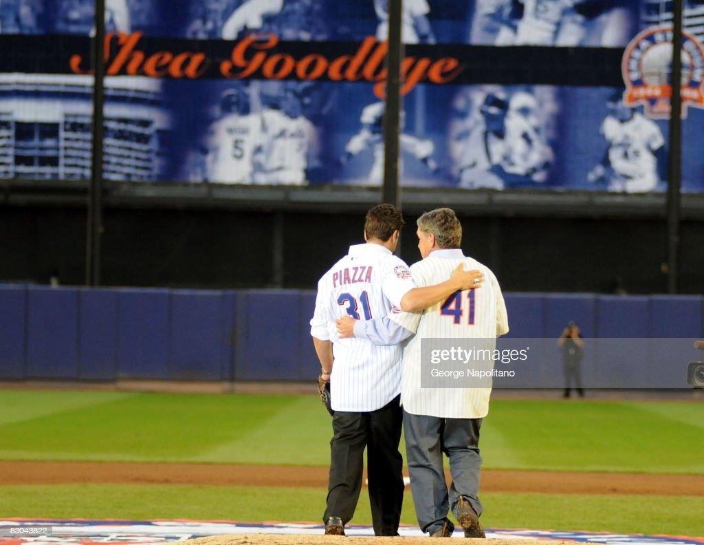 Mets Final Game At Shea Stadium : News Photo