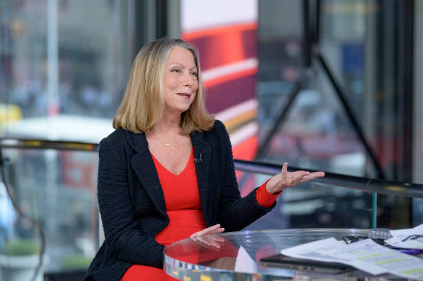 """NY: Former New York Times Executive Editor Jill Abramson Visits """"Outnumbered Overtime"""""""