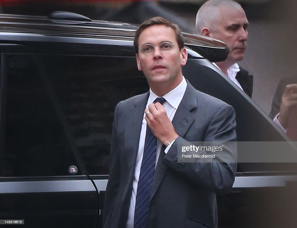 James Murdoch Gives Evidence At The Leveson Inquiry : News Photo