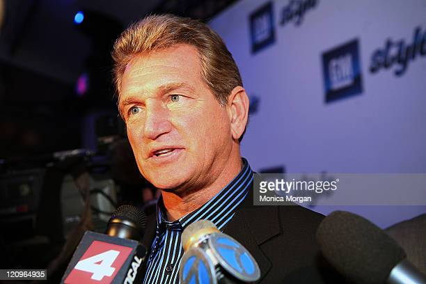 Former NFL great Joe Theismann attends the GM STYLE held at the Detroit Riverfront, Atwater on January 12, 2008 in Detroit, Michigan.