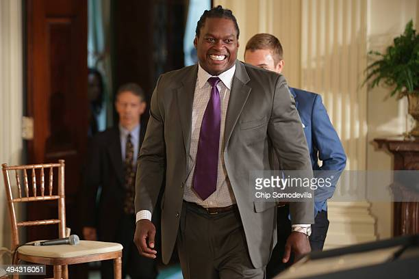 Former NFL linebacker with and threetime Pro Bowl player LaVar Arrington participates in a Healthy Kids Safe Sports Concussion Summit in the East...
