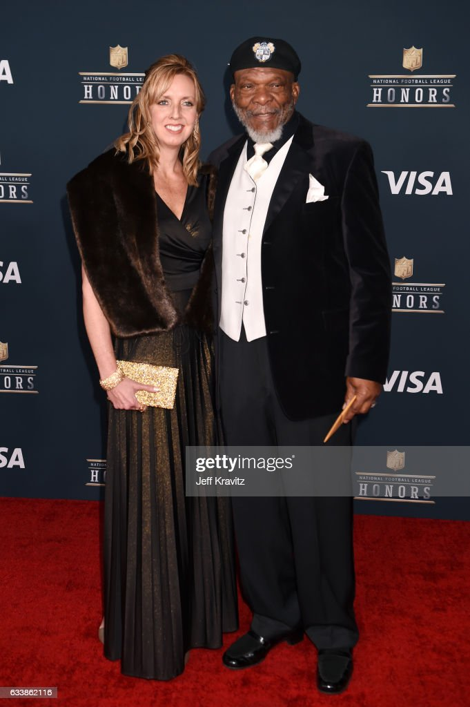 Former NFL player and Pro Football Hall of Fame member Carl Eller (R) attends 6th Annual NFL Honors at Wortham Theater Center on February 4, 2017 in Houston, Texas.
