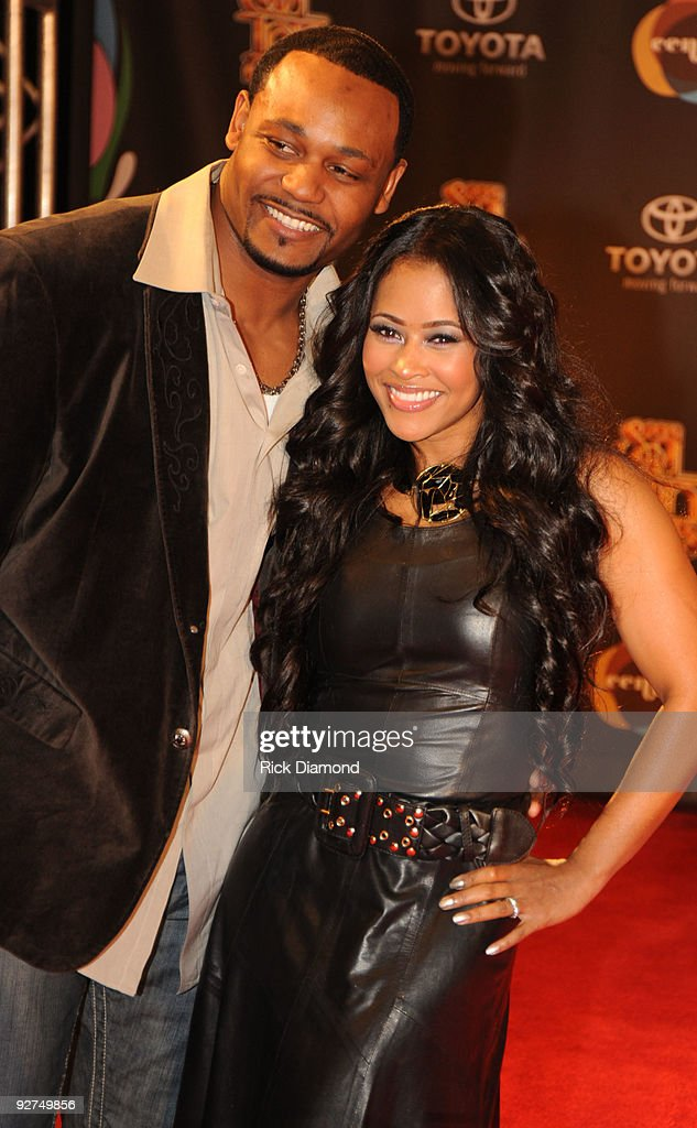 2009 Soul Train Awards - Arrivals : News Photo