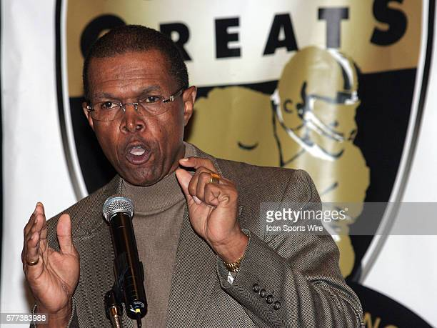 Former NFL player Gale Sayers speaks to the media during the Gridiron Greats Press Conference at the Seminole Hard Rock Hotel Casino in Tampa FL...