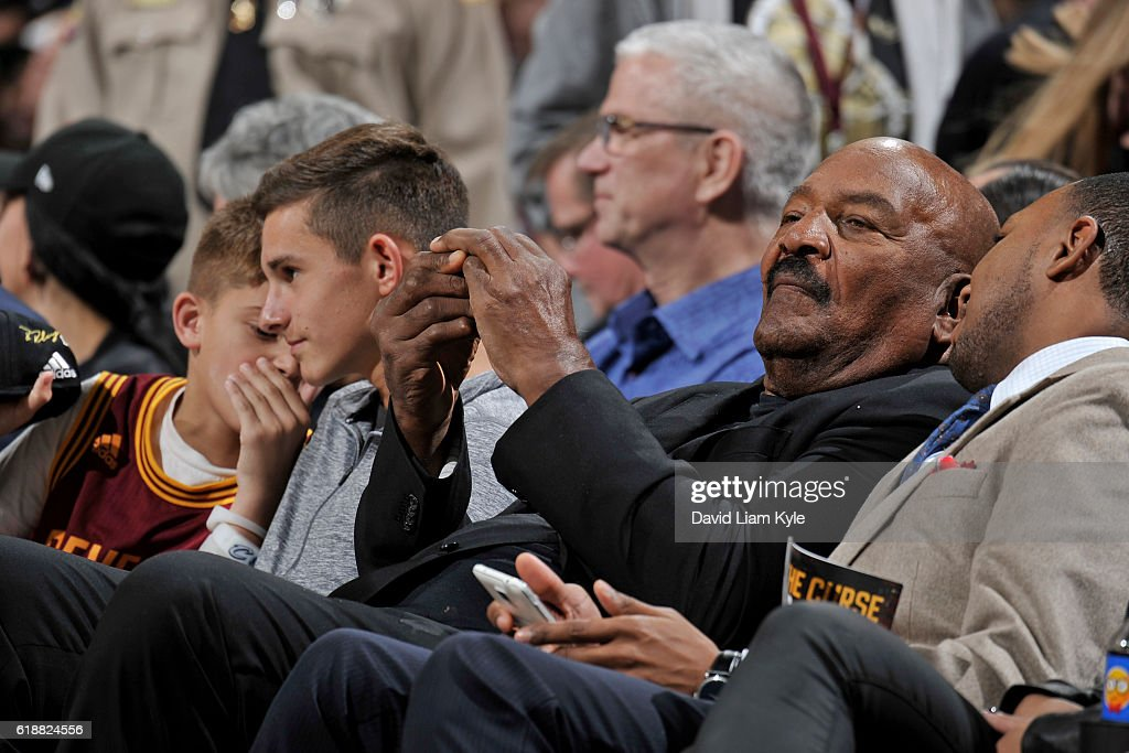 Former NFL player, Jim Brown attends the New York Knicks game against the Cleveland Cavaliers on October 25, 2016 at Quicken Loans Arena in Cleveland, Ohio.
