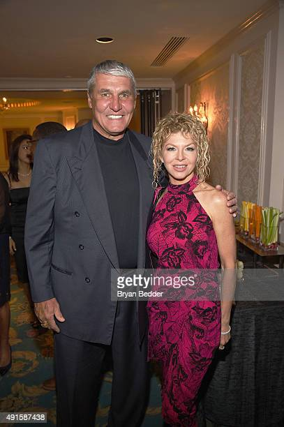 Former NFL player Mark Rypien and Danielle Wade attend the 30th Annual Great Sports Legends Dinner to benefit The Buoniconti Fund to Cure Paralysis...