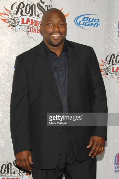 Former NFL Player Warren Sapp arrives at Comedy Central presents Roast of Larry The Cable Guy at Warner Brothers on March 1 2009 in Burbank California