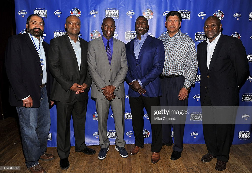 Former NFL players Franco Harris, Warren Moon, Jerry Rice, Shannon Sharpe, Anthony Munoz and Harry Carson attend the Bud Light 'Best Round Ever' Pre-Draft Party on April 27, 2011 in New York City. Bud Light, the new official beer of the NFL, offered fans $10 million if they could correctly pick the perfect first round of the NFL Draft as part of their 'Best Round Ever' promotion.
