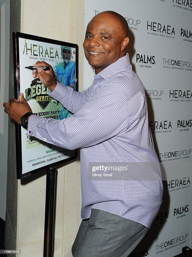 Former NFL quarterback and 2006 Hall of Fame inductee Warren Moon arrives at HERAEA inside Palms Casino Resort on September 5, 2013 in Las Vegas, Nevada.