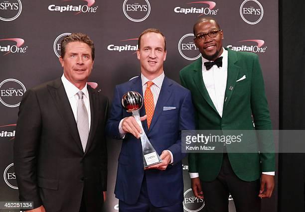 Former NFL quarterback Dan Marino NFL quarterback Peyton Manning and NBA player Kevin Durant backstage at The 2014 ESPY Awards at Nokia Theatre LA...