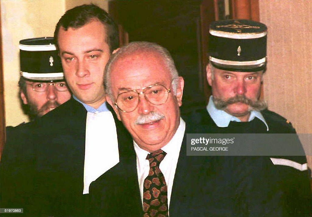 Former Nice mayor Jacques M?decin (C) arrives 29 M : News Photo