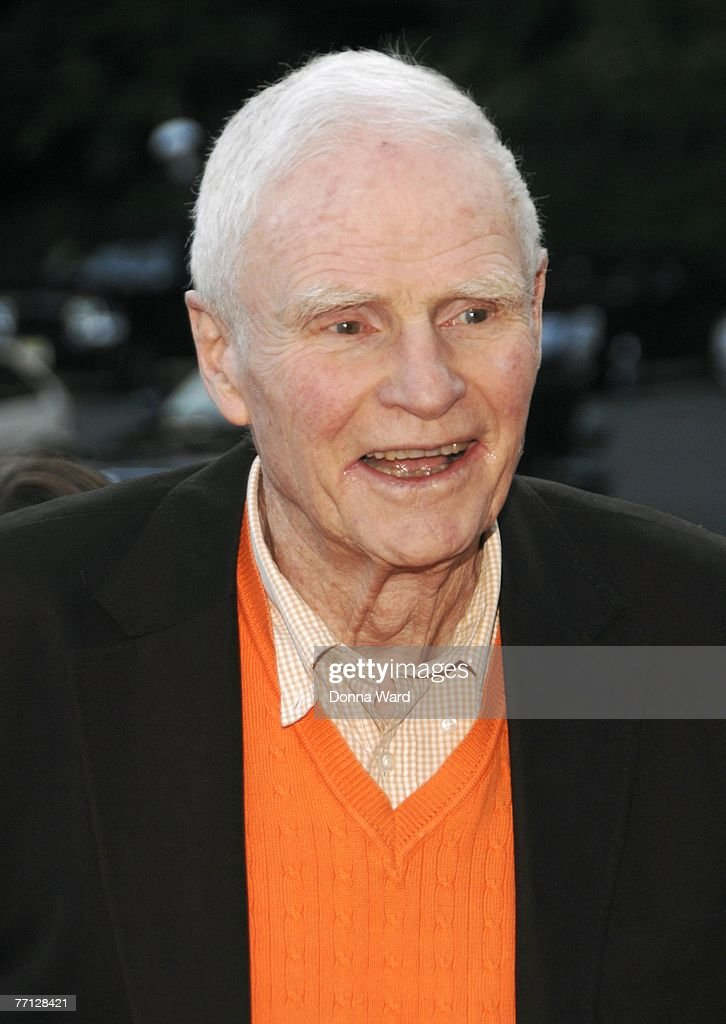 Former NJ governor Brendan Byrne attends the debut performance of 'Happy Days' at The Paper Mill Playhouse on September 30, 2007 in Millburn, New Jersey.