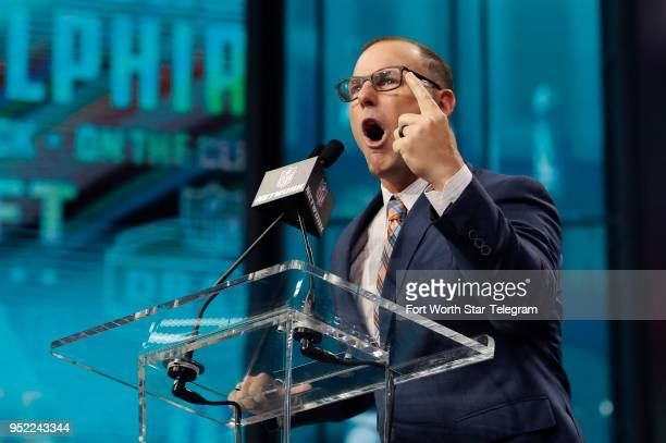 Former Philadelphia Eagles kicker David Akers touts the Eagles' Super Bowl win and trolled the rival Dallas Cowboys during his announcement of the...