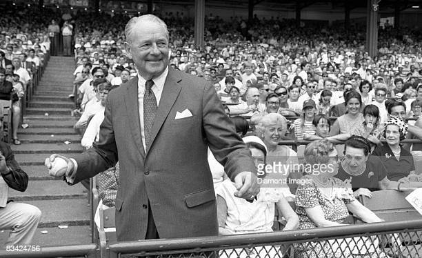 Former pitcher Waite Hoyt of the New York Yankees gets set to throw out the ceremonial first pitch during the annual Old Timers Day ceremonies prior...