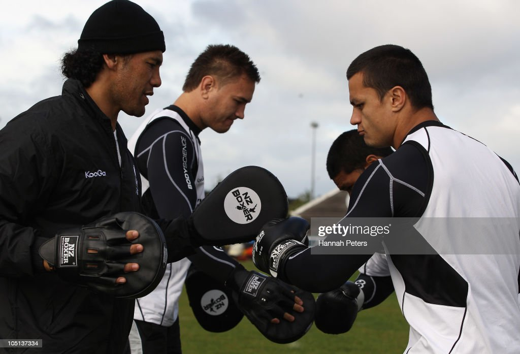 Former player Ruben Wiki, Jared Waerea-Hargreaves, Frank-Paul Nuuausala and Sam Perrett box during a New Zealand Kiwis training session at North Harbour Stadium on October 11, 2010 in Auckland, New Zealand.