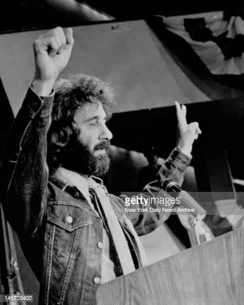 Former Police Officer Frank Serpico who has been living in Switzerland makes nomination speech for Former US Attorney Ramsey Clark at Democratic...