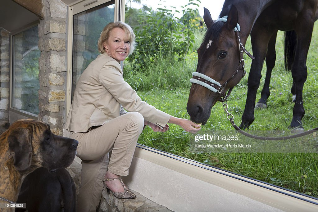 Brigitte Lahaie, Paris Match Issue 3405, August 27, 2014 : Fotografia de notícias