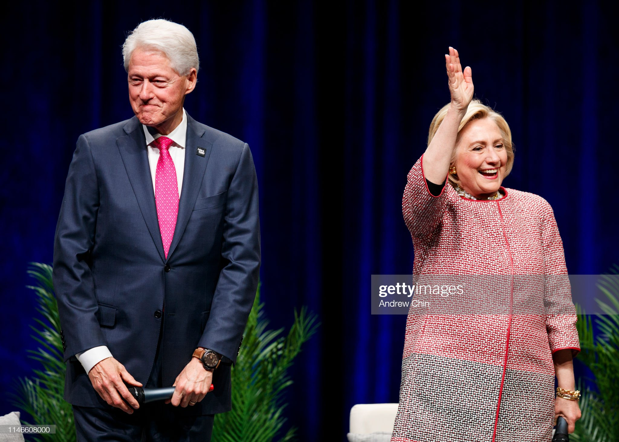 An Evening With Bill Clinton And Hillary Rodham Clinton : News Photo