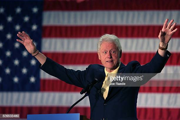 Former President Bill Clinton campaigns for his wife Democratic presidential candidate Hillary Clinton as he speaks during the Howard County...