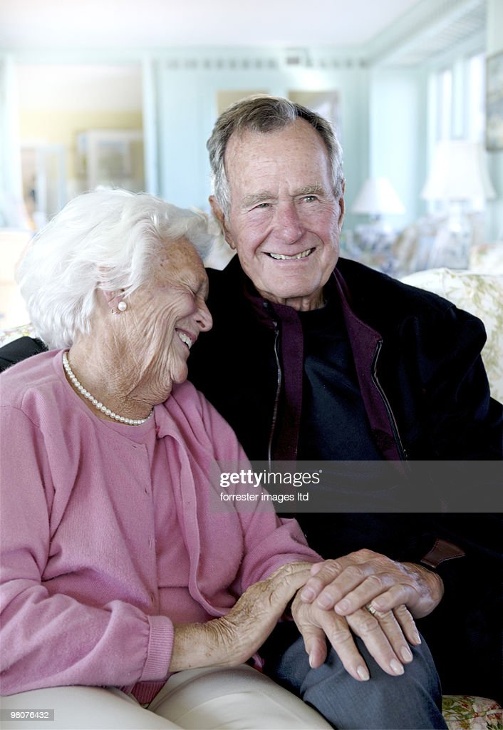 Former President George H.W. Bush with former First Lady Barbara Bush during a portrait session for Parade Magazine at their home in Kennebunkport, Maine on September 29, 2009.