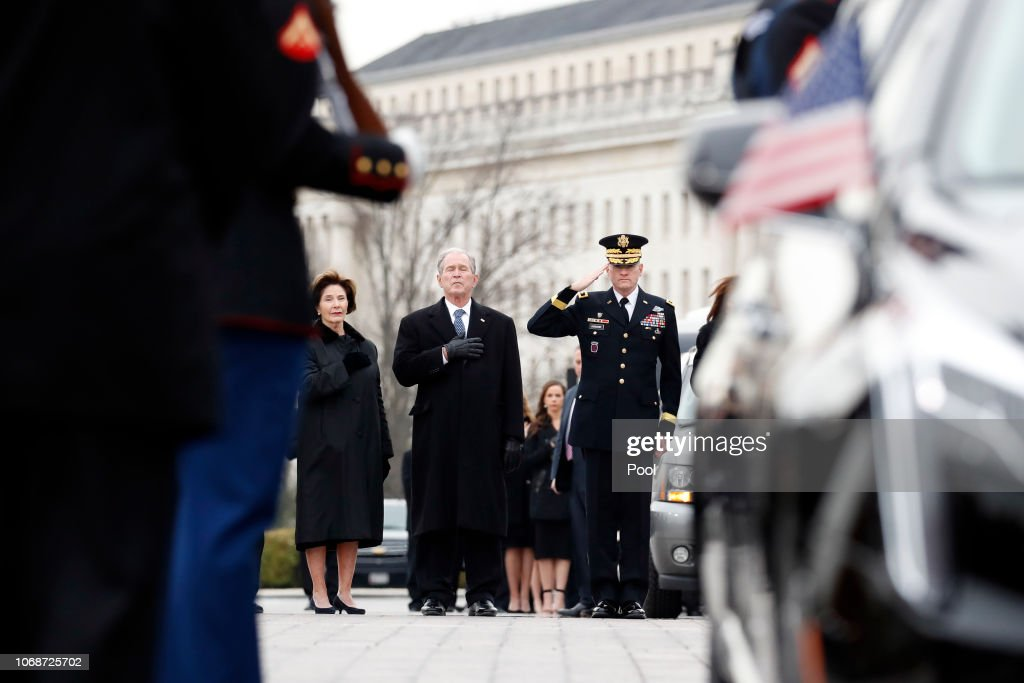 President George H.W. Bush Lies In State At U.S. Capitol : News Photo
