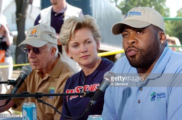 Former President Jimmy Carter Michigan Govonor Jennifer Granholm and Detroit Mayor