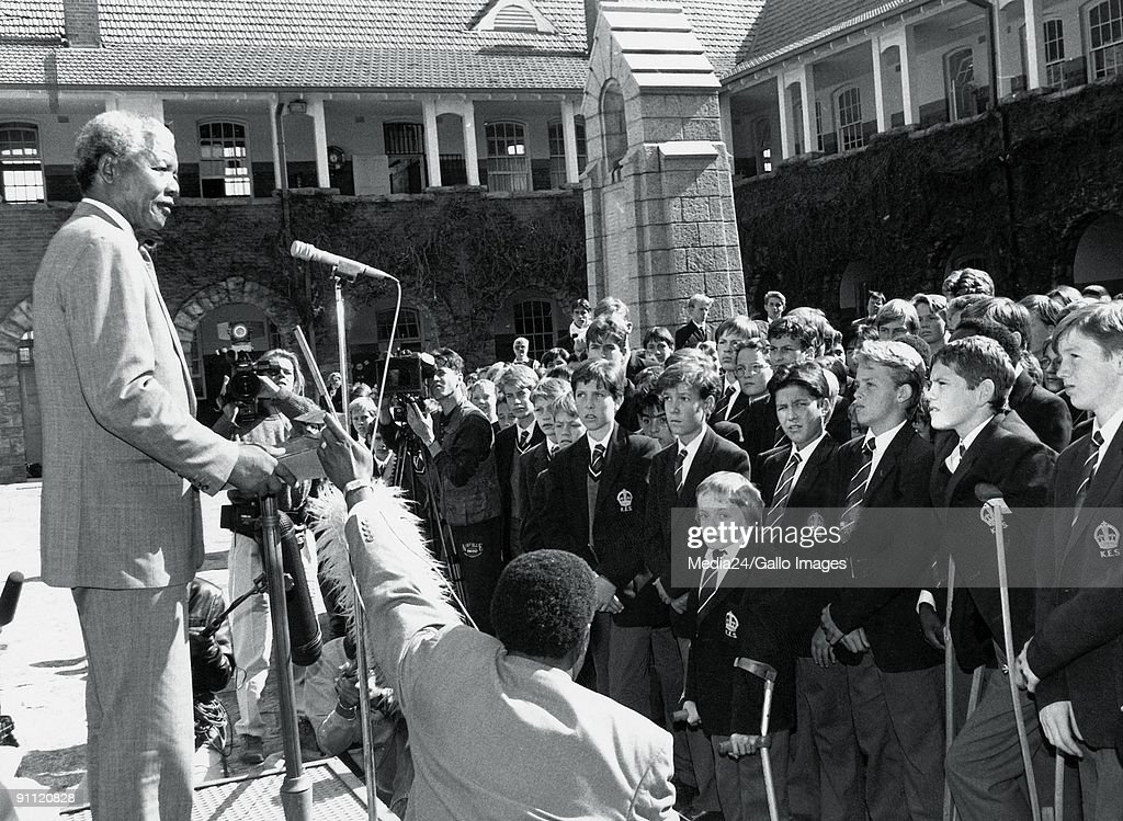 Former President Nelson Mandela addresses students from the King Edward VII High School in Houghton. : News Photo