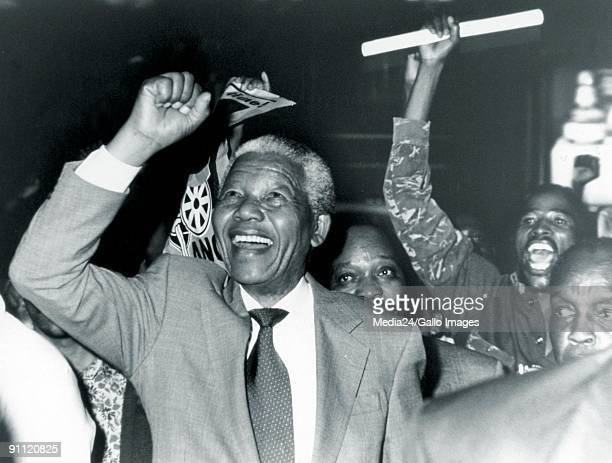 Former President Nelson Mandela is welcomed at the Jan Smuts Airport in Kempton Park