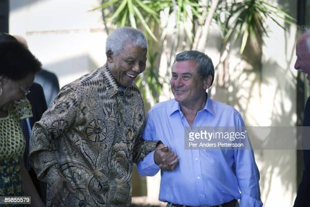 Former President Nelson Mandela of South Africa is welcomed by Sol Kerzner on April 2 2009 at the OneOnly hotel in Cape Town South Africa Mr Kerzner...