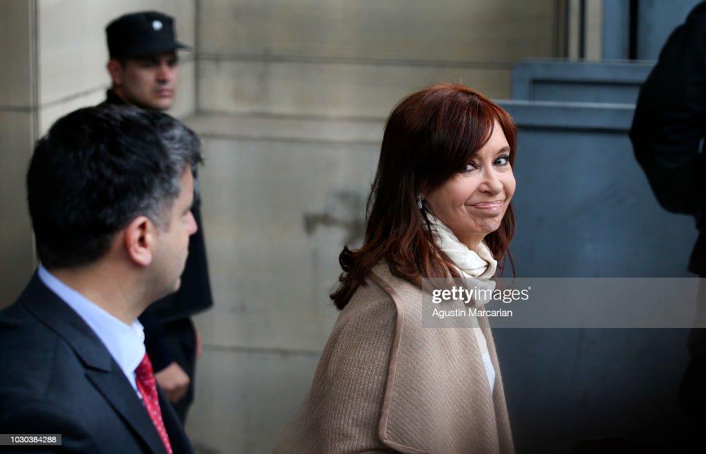 Corruption Scandal: Cristina Fernandez in Courthouse : News Photo
