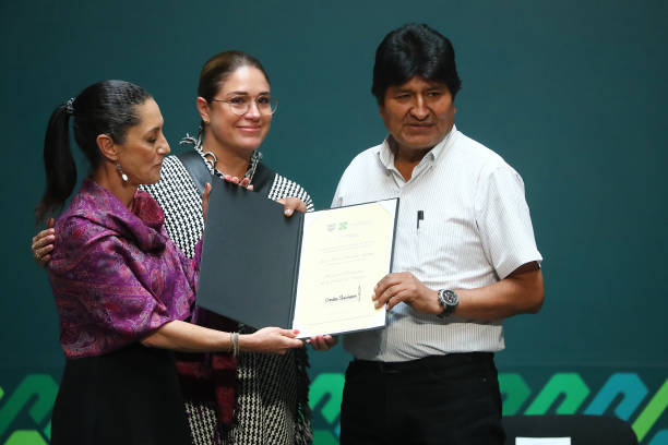 MEX: Evo Morales Distinguished As Honorary Guest of Mexico City