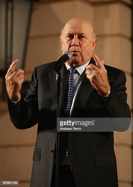Former President of South Africa Frederik Willem de Klerk delivers a speech at the gala dinner BELSTAFF FOR PEACE to the 10th World Summit of Nobel...