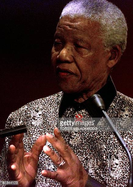 Former president of South Africa Nelson Mandela speaks during the 'What Makes a Champion' press conference in Sydney 03 September 2000 Mandela is in...
