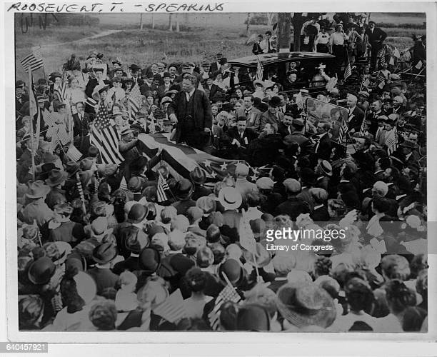 Former President Theodore Roosevelt speaks to a crowd in New Jersey before the Bull Moose convention
