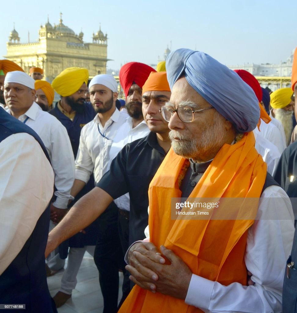 Former Prime Minister Dr Manmohan Singh paying obeisance at Golden Temple on March 25 2018 in Amritsar India On Saturday the former prime minister...