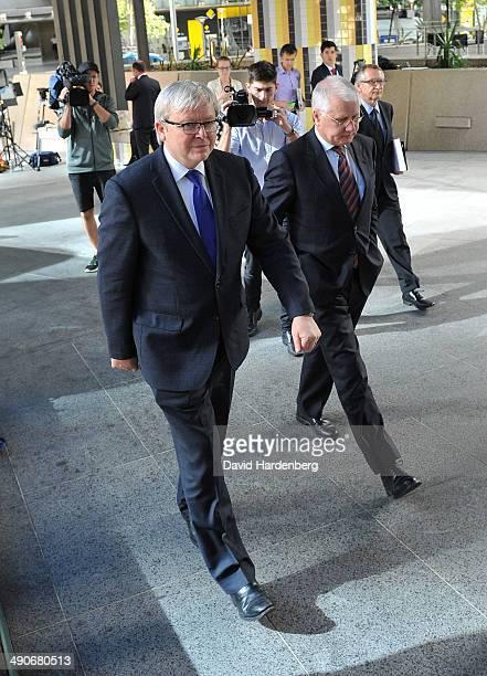 Former Prime Minister Kevin Rudd returns to Brisbane Magistrates Court after having lunch on May 15 2014 in Brisbane Australia Former Prime Minister...