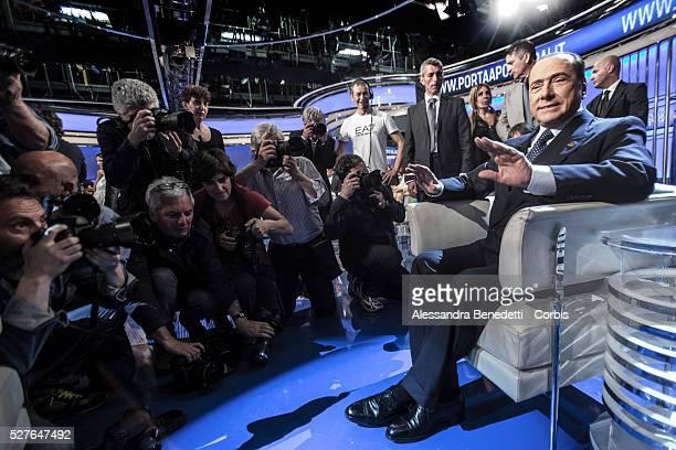Porta Tv Auto.World S Best Silvio Berlusconi Attends Tv Debate Porta A