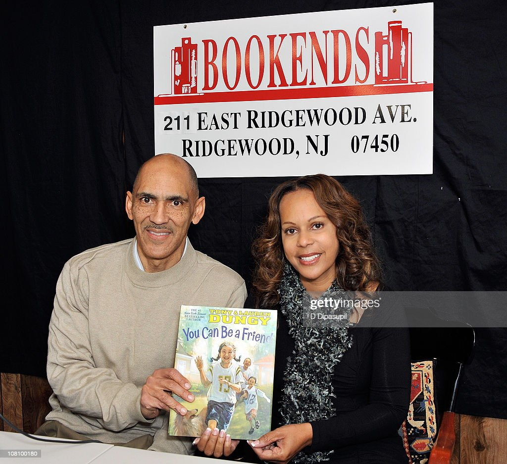 "Tony & Lauren Dungy Sign Copies Of ""You Can Be A Friend"" : News Photo"