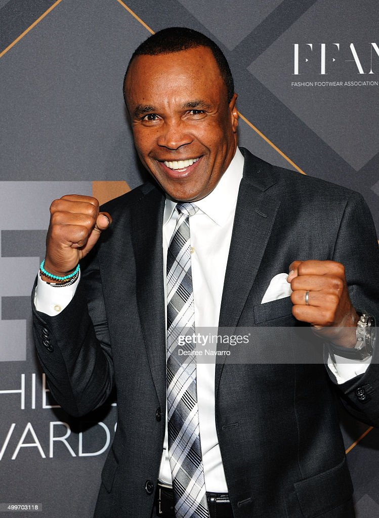 Former professional boxer Sugar Ray Leonard attends the 29th FN Achievement Awards at IAC Headquarters on December 2, 2015 in New York City.