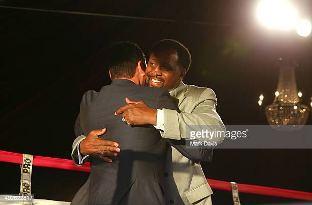 Former professional boxers Oscar de la Hoya and Thomas Hearns attend the B Riley Co and Sugar Ray Leonard Foundation's 5th Annual Big Fighters Big...
