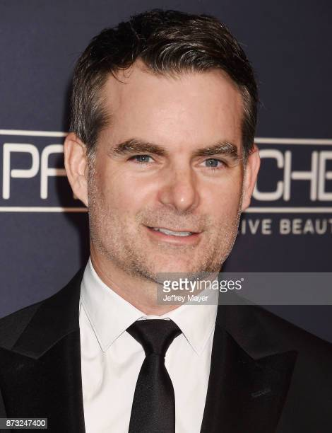 Former professional stock car racing driver/TV announcer Jeff Gordon attends the 2017 Baby2Baby Gala at 3Labs on November 11 2017 in Culver City...