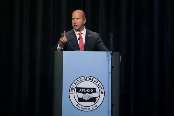 IA: 2020 Presidential Candidates Speak At Iowa Federation Of Labor Convention